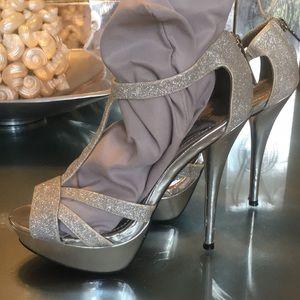 Ladies silver sandals size 8